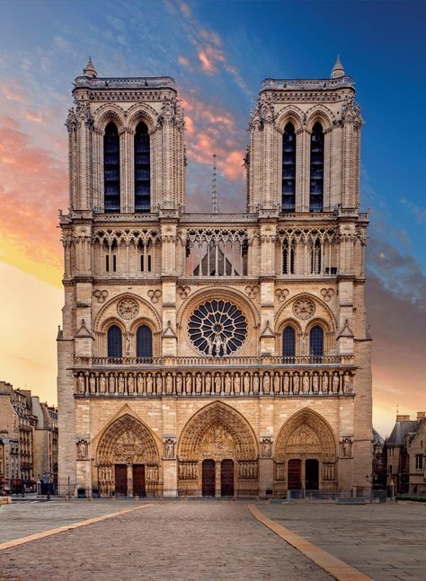This resilient, gravity-defying Gothic cathedral survived centuries of France's turbulent past. It emerged in the 19th century from near ruin, thanks to a massive restoration project.
