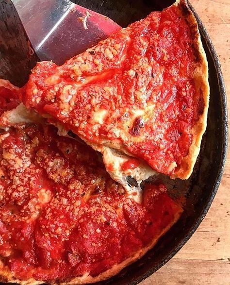 Lou Malnati's Pizzeria is home to the best deep dish in Chicago. Lou Malnati's has stayed true to the original Chicago deep dish pizza recipe created by Lou Malnati over 40 years ago.