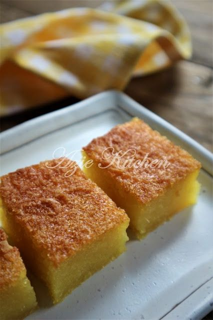 Bingka Ubi Kayu Lembut Dan Lemak Manis Yang Sangat Sedap Asian Desserts Food Malaysian Food