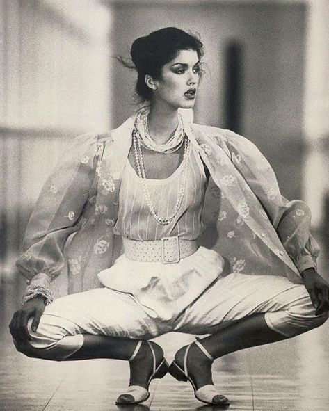 Janice Dickinson, photo by Mike Reinhardt, Vogue Paris, 1979
