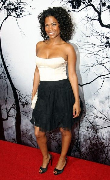 Nia Long Corset Dress - Nia Long – Stunning Beauty – Hollywood Actress What does Nia and the British Royal family have -