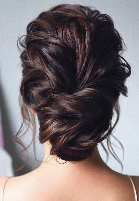 98 Wedding Hairstyles For Brides: black hair; updo hairstyles for wedding; half up half down hairstyles; curl wedding hairstyles for long hair; #wedding; #weddinghairstyles; #bride; #bridalhairstyle; #makeup; #weddingmakeup; #bridal; #bridalmakeup;