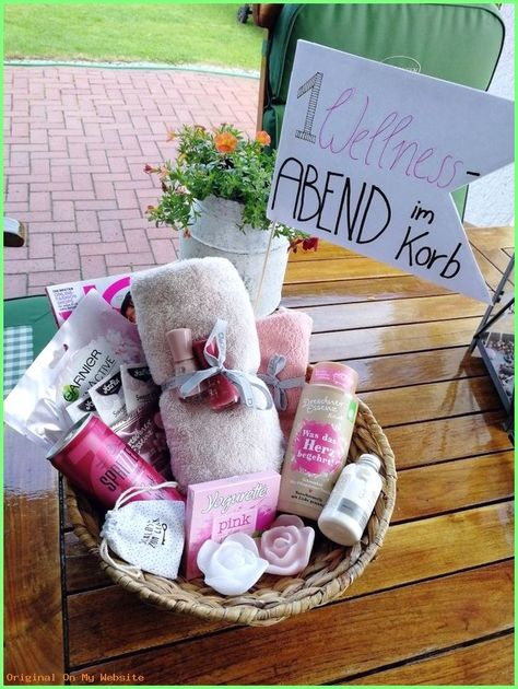Gift ideas for girlfriend   A spa evening in the basket  Nice gift idea for the girlfriend