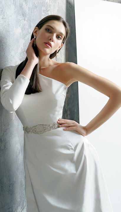 Ariadna Wedding Dress From 100 Silk By Victoriaspirina Modern Wedding Dress Chic Wedding Dresses Wedding Dresses Taffeta