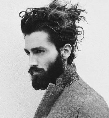 Messy Bun Is The Female Magnet It Is Effortless And Irresistible Here Is How You Can Grab This Long Hair Styles Men Long Hair Styles Cool Hairstyles For Men