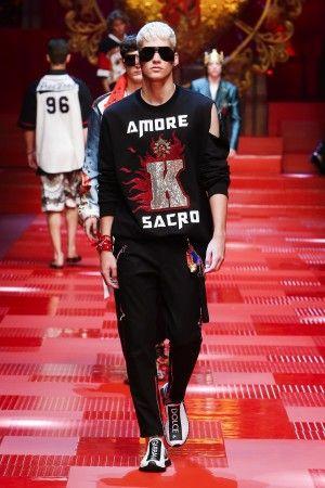 Discover Dolce & Gabbana Spring Summer 2018 Menswear Fashion Collection on Dolcegabbana.com.
