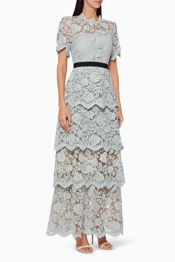 فستان دانتيل طويل بنقشة زهور أخضر فاتح فساتين فستان اسعار ماركات عالمية فخمة راقية سيلف بورتريت In 2020 Fashion Lace Skirt Lace