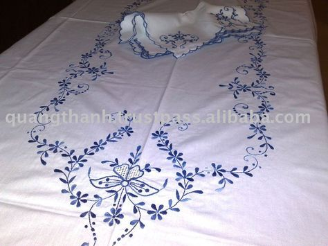 handmade Azores hand embroidery Table runner in Azores Embroidery