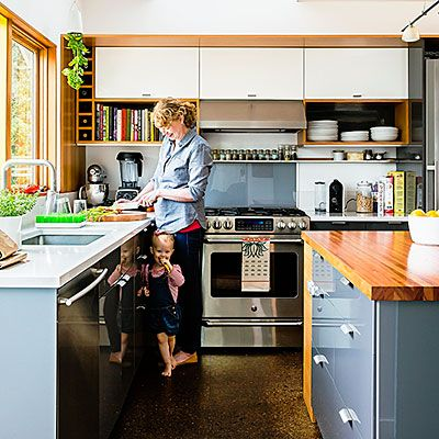 Top ideas for narrow kitchens