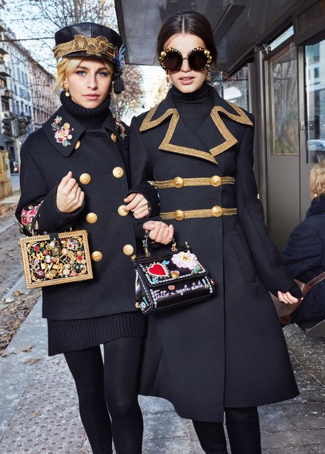 Discover the new Dolce & Gabbana Women's Fall Winter Collection and get inspired.