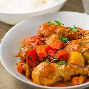 Chicken Afritada Filipino Chicken In Tomato Sauce Salu Salo Recipes Recipe Healthy Chicken Recipes Recipes Chicken