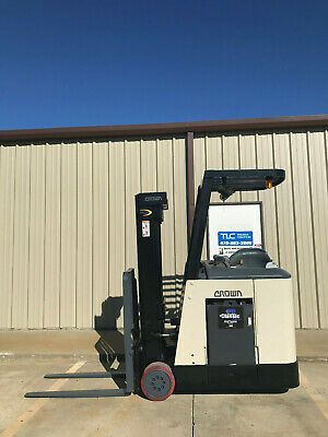 2004 Crown Rc 3020 30 Forklift Stand Up Electric Reconditioned Battery Nice In 2020 Forklift Stand Up Toy Car