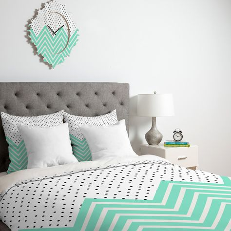 Mint & polka dots. Two of my favourite things.