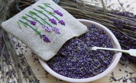 Dekorationsidee Lavendelbeutel Selbst Herstellen In 2020 Lavendelsackchen Lavendel Deko Ideen
