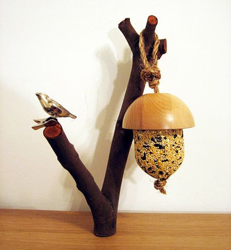 acorn-bird-feeder