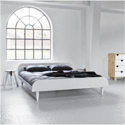 Reduzierte Futonbetten Sale Karup Design Twist Futonbett Inkl Lattenrost Weiss Lackiert Karupkarup In 2020 Futon Living Room Guest Room Futon Futon Bed Ikea