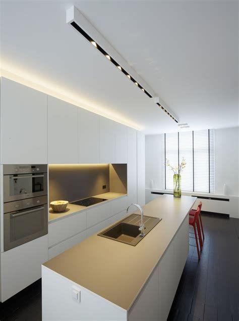 Spiksplinternieuw verlichting boven kookeiland - Ecosia | Keuken ontwerpen FF-51
