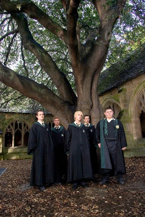 Pin for Later: 13 Places Every Harry Potter Fan MUST Visit in the UK Here's Draco and his Slytherin cronies in Harry Potter and the Goblet of Fire. Here's Draco and his Slytherin cronies in Harry Potter and the Goblet of Fire. Harry Potter Tumblr, Draco Harry Potter, Images Harry Potter, Mundo Harry Potter, Harry Potter Anime, Harry Potter Characters, Harry Potter Universal, Hermione, Fictional Characters