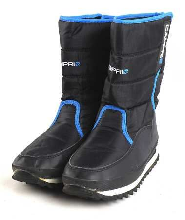 Black Winter Boots. Womens Winter shoes