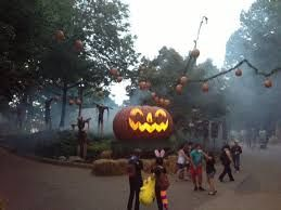 77f5537995c125707a9ab2c2795970a6 - Busch Gardens Howl O Scream Williamsburg Discount