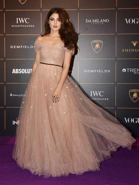 Rhea Chakraborty opted for a peach flowy gown at the Vogue Women Of The Year Awards 2018