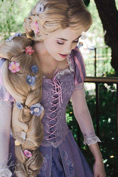 Tangled Rapunzel Disney Princess Cosplayer on We Heart It Disney Princess Cosplay, Rapunzel Cosplay, Disney Rapunzel, Tangled Rapunzel, Princess Rapunzel, Disney Cosplay, Repunzel Dress, Tangled Dress, Disney Princess Dresses