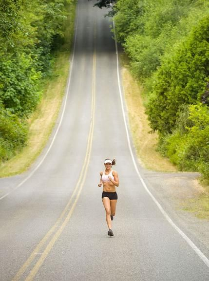 IT Band Stretches and Tips: Avoid Overdoing It In Your Workouts