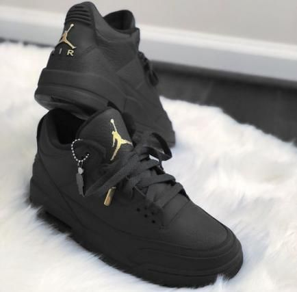 New Sneakers Damen Jordan Ideas #sneakers in 2020 | Fresh