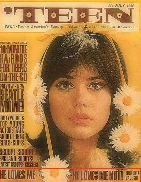 11 Extraordinary Vintage Teen Magazine Covers - - Never before have we seen such a weird combo of rad, vintage imagery with totally WTF cover lines. Be thankful you had Teen Vogue. Vintage Teen, Mode Vintage, Retro Vintage, Life Magazine, Magazine Wall, Paper Magazine Cover, Magazine Photos, Fashion Magazine Covers, Hair Magazine