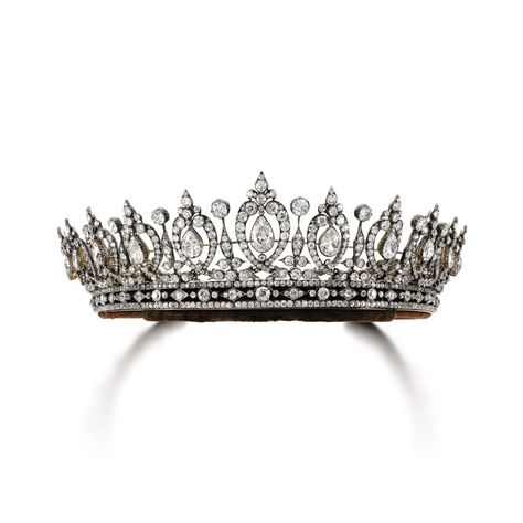 Regal dreams come true - this 19th century #diamond #tiara belonging to the Duchess of Roxburghe went under the hammer for $848,326 after an intense bidding battle at @sothebysauction Geneva this week