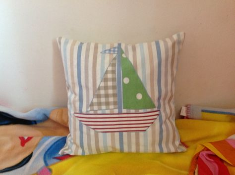 91 best cushions images fabrics applique cushions patchwork cushion
