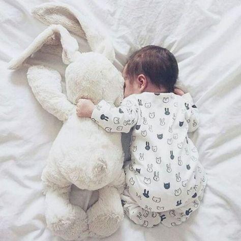 All the snuggles ♥️ newborn photography Maternity Kangaroo baby pocket Hoodi. - All the snuggles ♥️ newborn photography Maternity Kangaroo baby pocket Hoodie with Babies Carri -