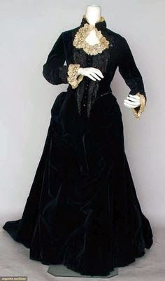 Costume Diaries: Black 1883's Bustle Tail Bodice