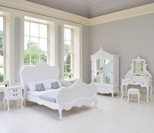 Provincial Luxury Carved Bed Set, White / White