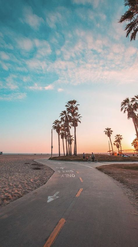 Venie California Beach Bike Path Places To See And Visit On Your Vacation Trip To California Alabamaroll In 2020 Summer Wallpaper Beach Aesthetic California Winter