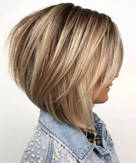 60 Layered Bob Styles: Modern Haircuts with Layers for Any Occasion Bronde Bob with Long Feathered Layers Medium Hair Styles, Curly Hair Styles, Hair Medium, Bobs For Thin Hair, Layered Bob Hairstyles, Hairstyles Haircuts, Bob Style Haircuts, Stacked Bob Hairstyles, Haircut Styles