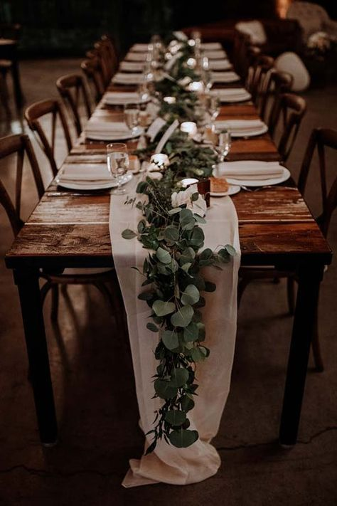 GREENERY RUNNERS 20 Stunning Tablescape Ideas for a Boho Wedding purewow flowers decor wedding weddingdecor weddinginspiration weddingtablescapes bohoweddings bohobrides weddingdecorations weddingtables weddinggreenery springwedding Table Decoration Wedding, Wedding Flower Decorations, Wedding Greenery, Flowers Decoration, Boho Wedding Flowers, Boho Flowers, Rustic Table Decorations, Outside Wedding Decorations, Flowers For Weddings