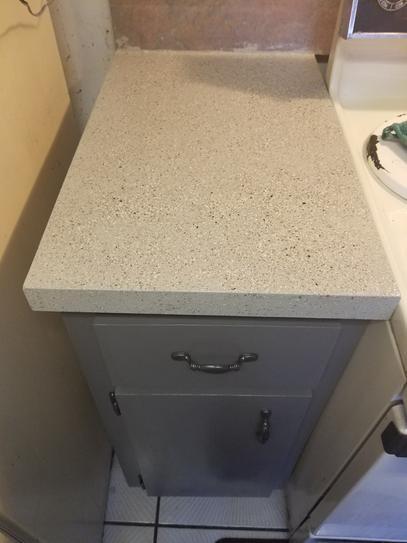 Daich Spreadstone Mineral Select 1 Qt Onyx Fog Countertop