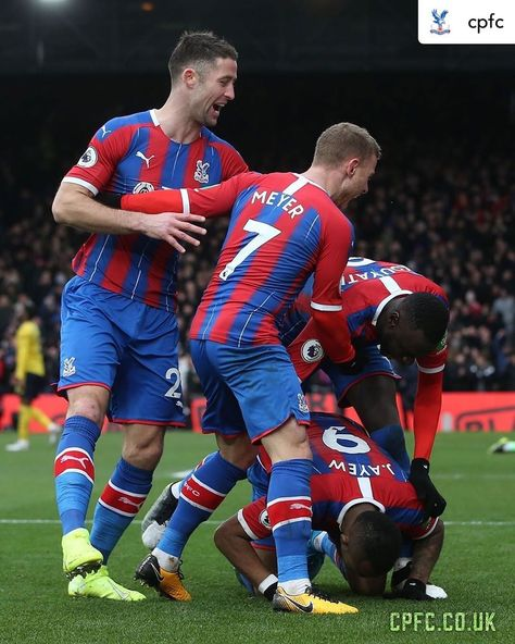 """Premier League on Instagram: """"A spirited point for Palace 💪 #repost • @cpfc It ends all square thanks to Jordan Ayew's equaliser"""""""
