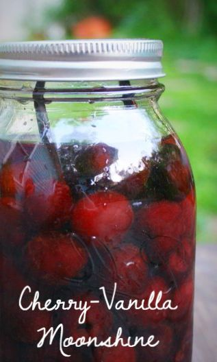 Making moonshine from scratch requires lots of special equipment and lots of waiting. This shortcut cherry moonshine recipe is for impatient types like me! Bar Drinks, Cocktail Drinks, Yummy Drinks, Cocktail Recipes, Alcoholic Drinks, Cocktails, Beverages, Yummy Food, Cherry Moonshine Recipe