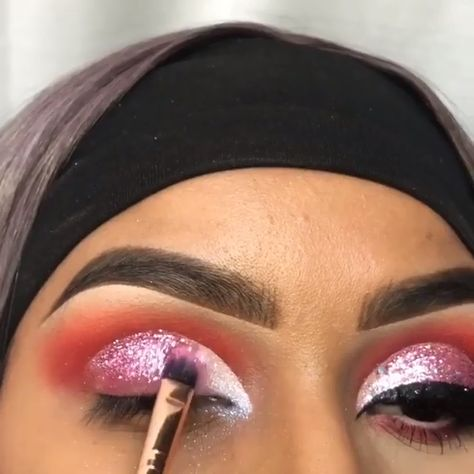 Follow @nanney118 🥶 #MakeupTutorialEyeshadow