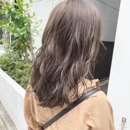 ブリーチなしオリーブベージュカラー Cinq By Fifth所属 スタイリストsuzunoのヘアカタログ ミニモ ヘアスタイリング ミニモ スタイリスト