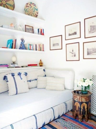 Bed Ideas For Small Rooms Or Small Spaces With Images Small
