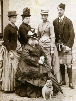 Queen Victoria And Family Including Her Pug Pugs Pug Love