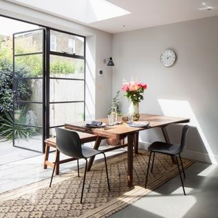 Jj Locations Wakehurst Contemporary Shoot Location In 2020 Contemporary Modern Properties Home Decor