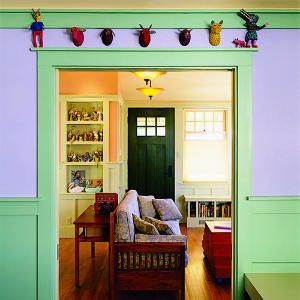 Inspiring small homes   Colorful bungalow: Living room