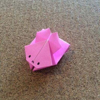折り紙の跳ねるうさぎの折り方 ピョンピョン跳ねて遊べるよ イクメンパパの子育て広場 折り紙 可愛い 折り紙 かわいい 折り紙 簡単 子供