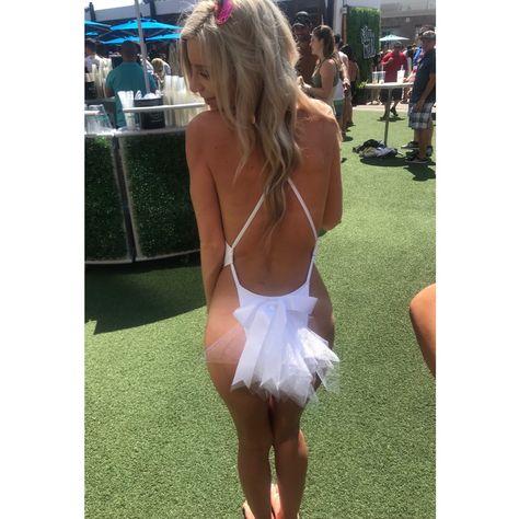 Bachelorette Bikini Booty Veil - Bachelorette Party Veil with Ribbon Bow