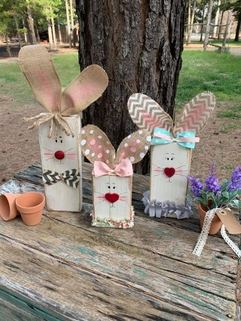 Lynette Taylor Stephens made these cute wood bunnies! Her craft page is found here. She said she used burlap (wire edge) Wood Craft Patterns, Wood Block Crafts, Wood Crafts, Bunny Crafts, Easter Crafts, Kids Crafts, Spring Crafts, Holiday Crafts, Easter Projects