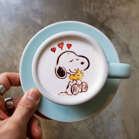 Barista Creates Cute & Colorful Latte Art Featuring Cartoon Characters and Classic Artwork